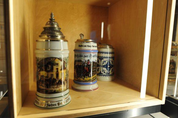 keramični vrčki za pivo s pokrovom