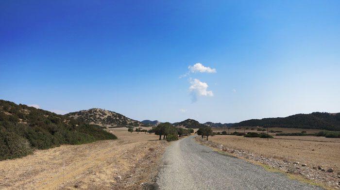 makadamska cesta polotok karpaz, severni ciper