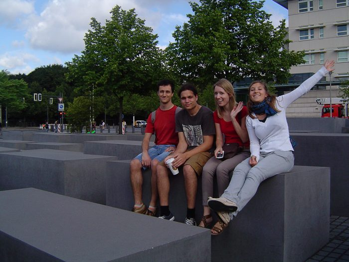 skupina ljudi v Berlinu