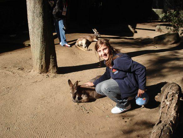 ženska boža kenguruja
