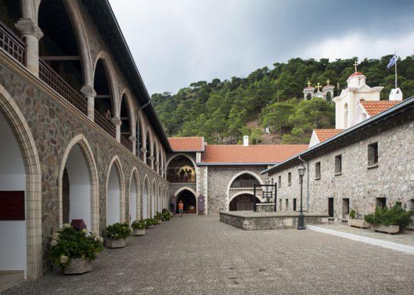 samostan kykkos v gorovju troodos