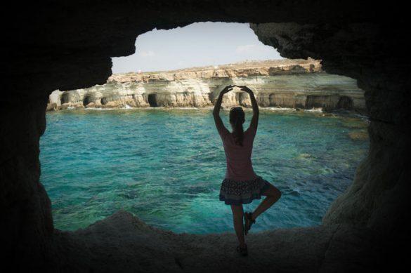 ženska baletka v Cape Greco, Ciper