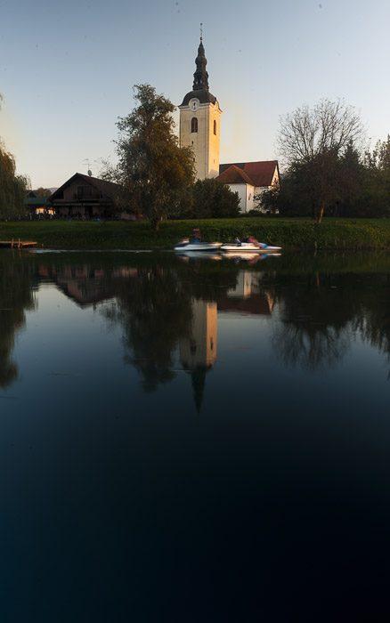 cerkev v kostanjevici na krki
