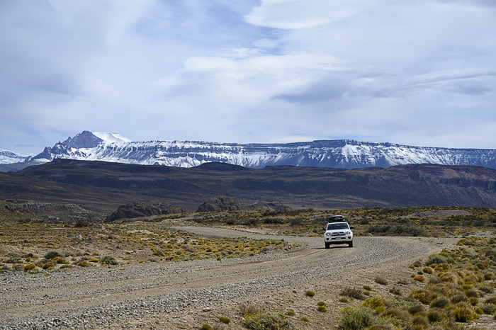 Toyota 4runner na makadamski cesti v Patagoniji