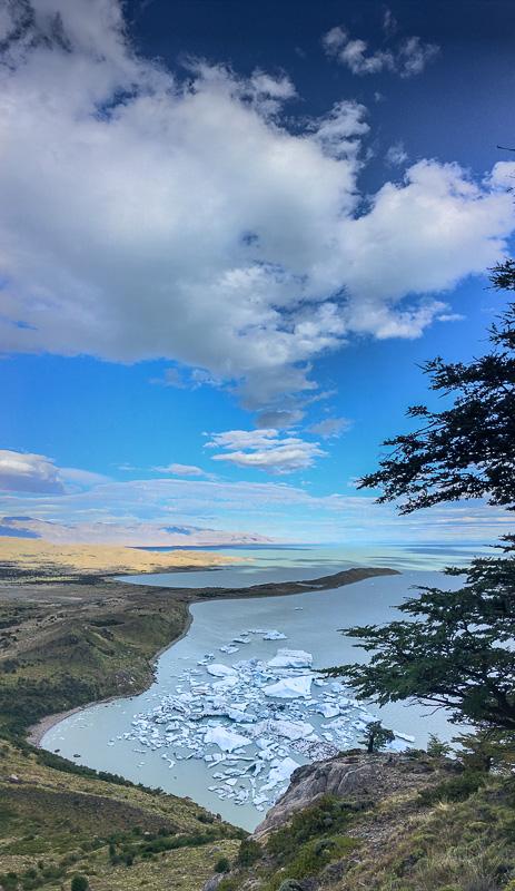 Ledene gore v jezeru Lago Viedma