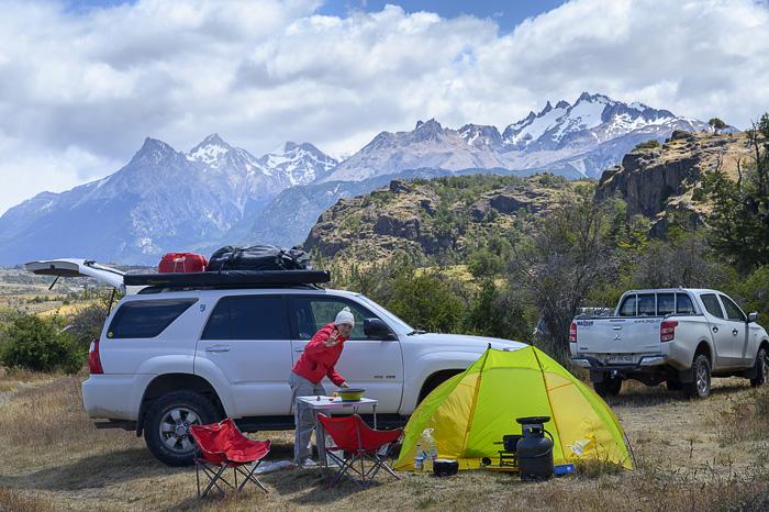 šotor in toyota 4runner v patagoniji