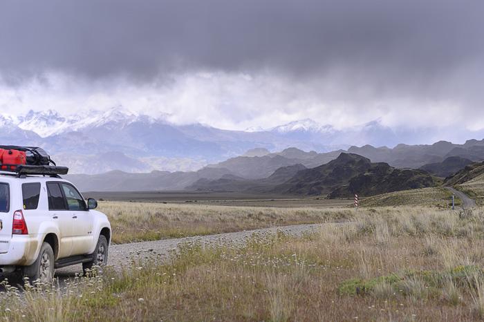 terenski avto v Patagoniji