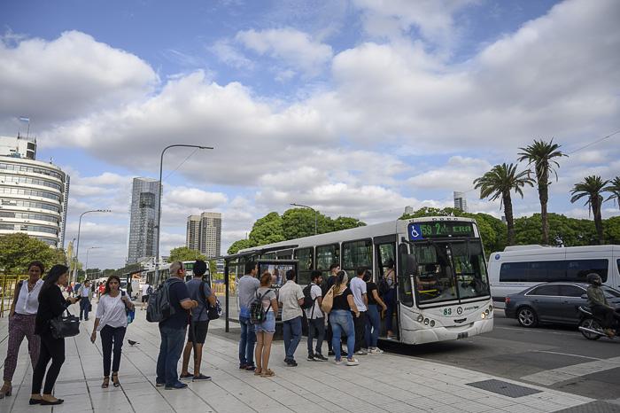 vrsta pred avtobusom v Buenos Airesu