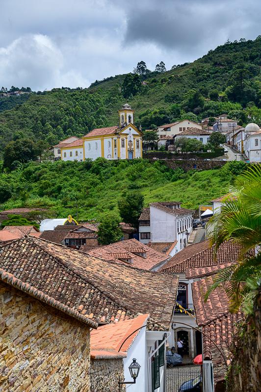 cerkev na griču v Ouro Preto