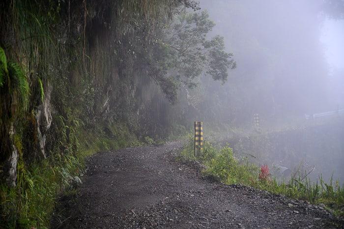 cesta smrti v megli