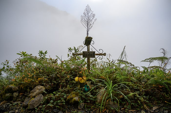 križ ob cesti smrti