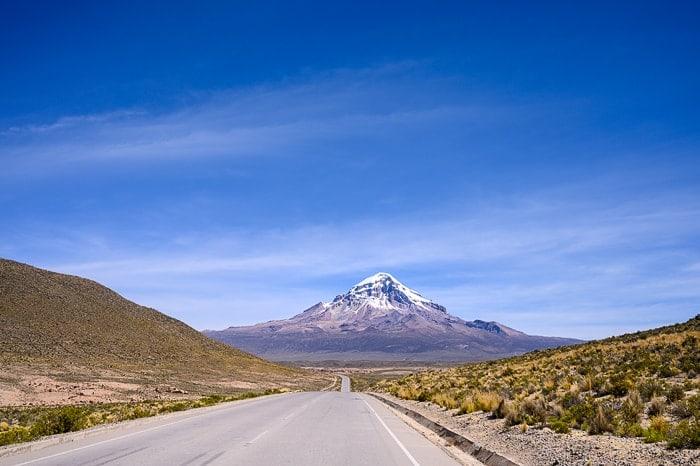 cesta proti gori Sajama