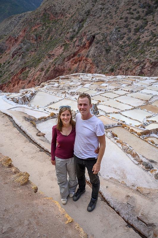 moški in ženska v solinah maras, sacred valley