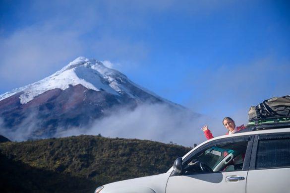 avto pod vulkanom Cotopaxi