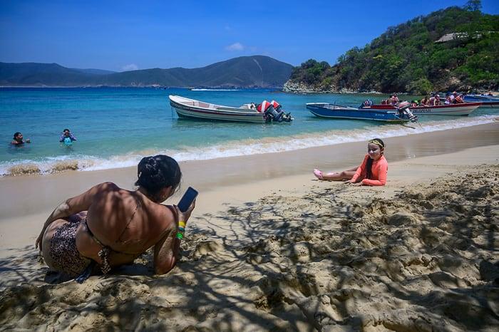 kolumbijska plaža, play cristal