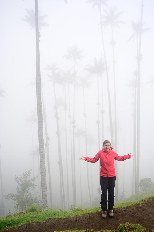 Ženska v megleni Valle de Cocora