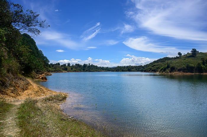 jezero Guatape