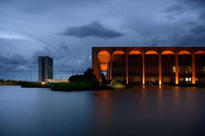 Brasilia, osvetljena stavba