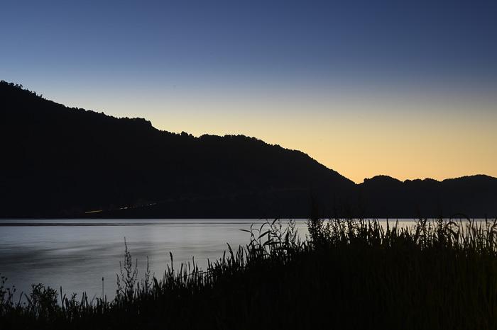 sončni zahod ob jezeru, Čile