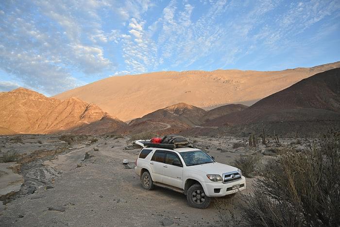 Toyota 4runner pod Cerro Blanco sipino