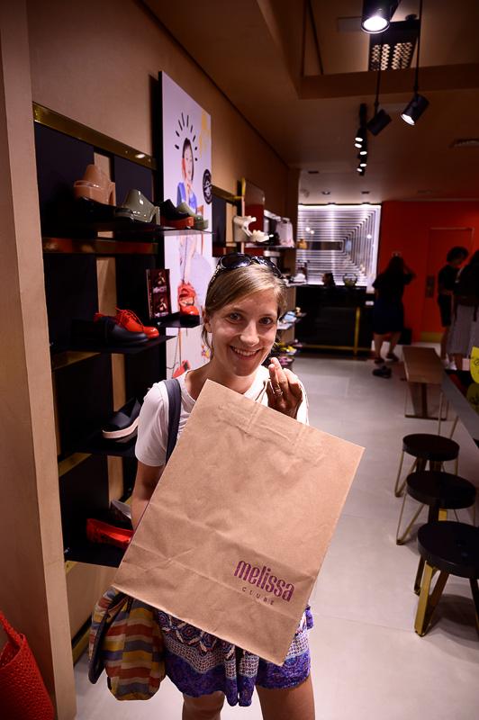 ženska z vrečko Melissa
