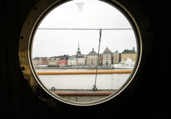 pogled na Stockholm skozi ladijsko lino