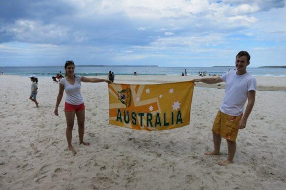 napis avstralija na plaži