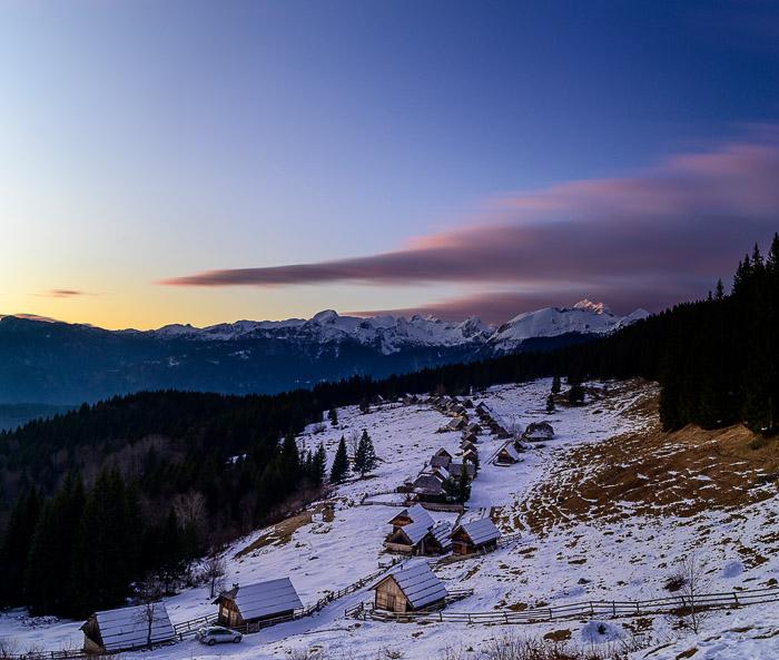 Planina Zajamniki ob sončnem zahodu