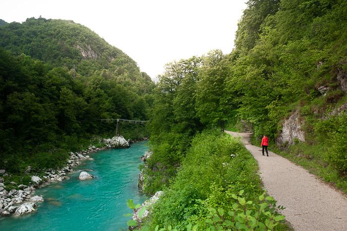 reka Soča in peš pot ob njej - izlet v posočje