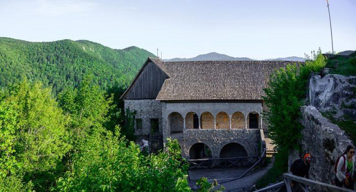 Obnovljeni grad Kostel