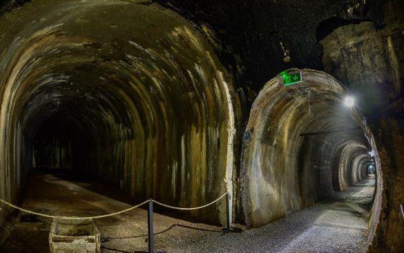 podzemni tuneli v bunkerju goli vrh