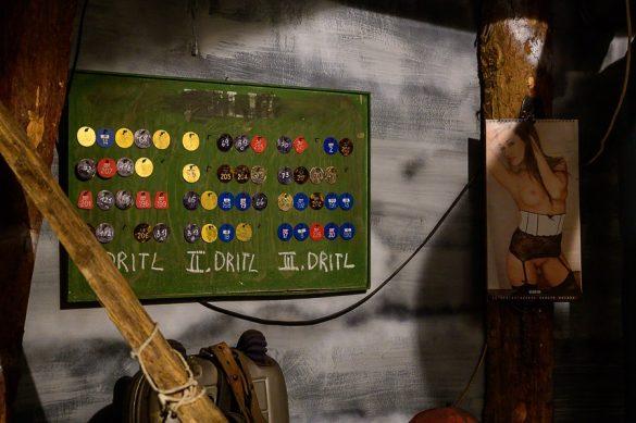 tabla z imeni v določeni izmeni v rudniku Trbovlje
