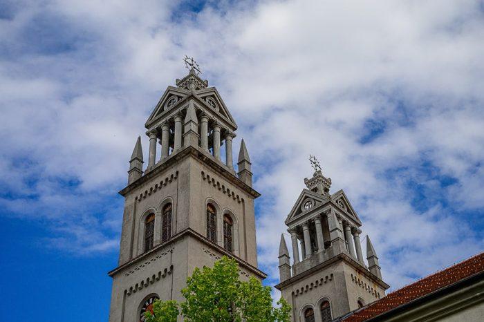 zvonik cerkve v Ribnici