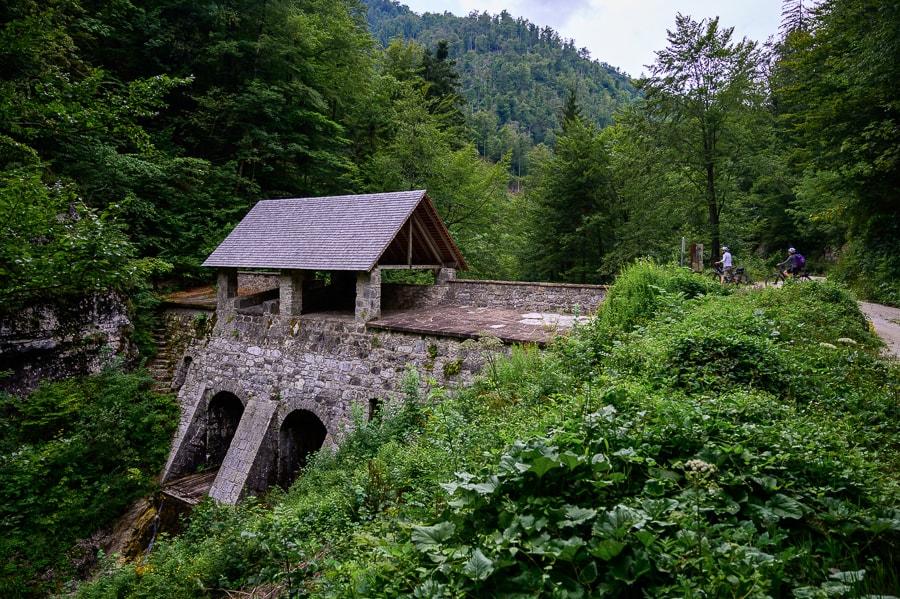 klavže - zapornica na reki Idrijci
