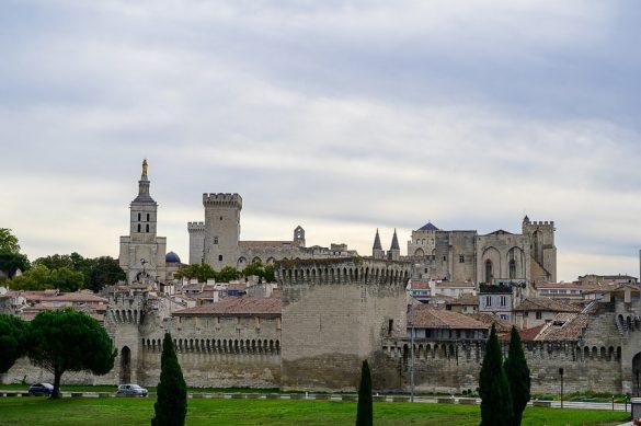 papeška palača Avignon