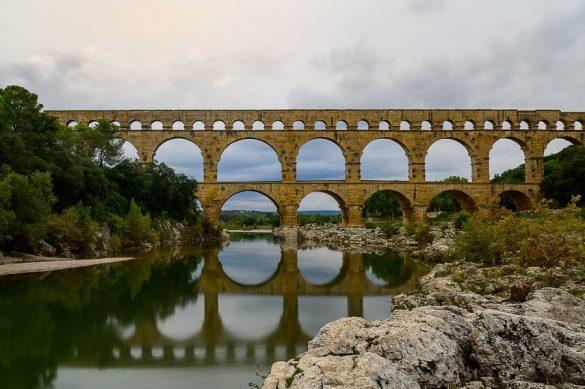 akvadukt Pont du Gard, Francija, znamenitosti Provanse