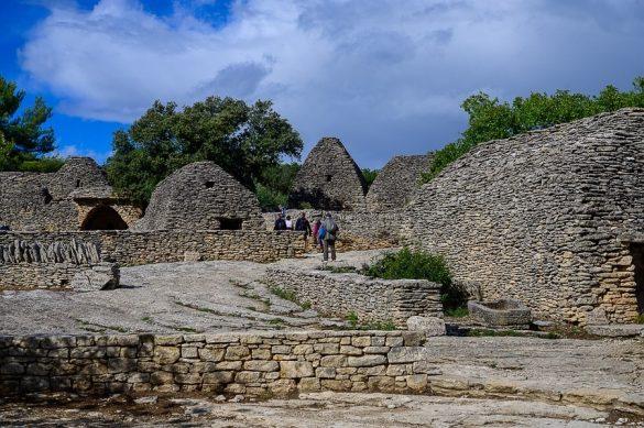 Village des Bories - hiške iz ploščatih kamenjev