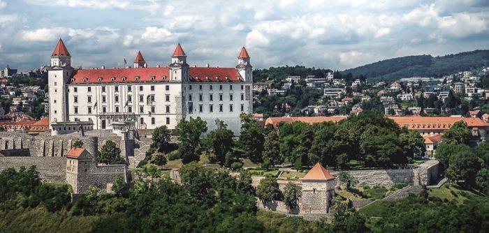 bratislavski grad, grad na griču