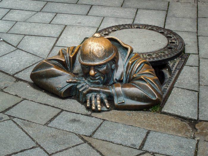 kip kanalizacijskega delavca v Bratislavi