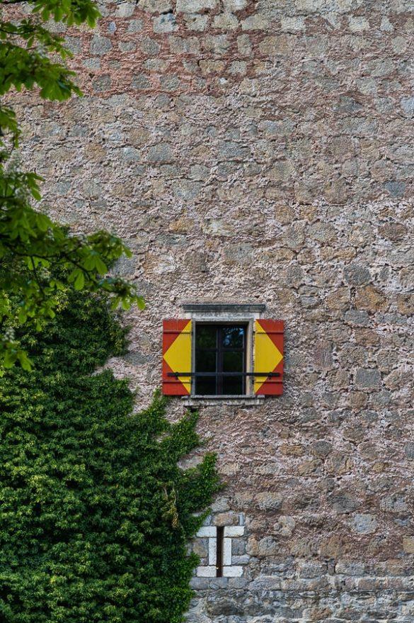 sredjneveško grajsko okno