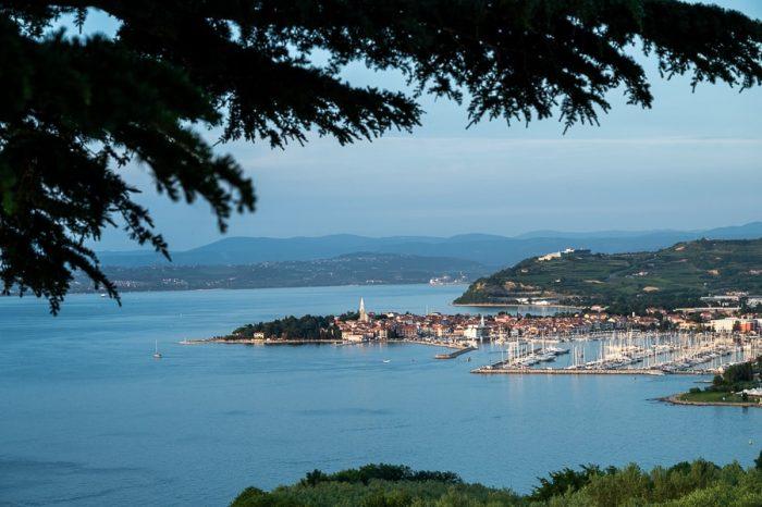 pogled na Izolo s hotel Cliff Belvedere