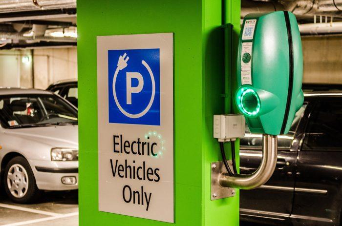 Parkirišče za električne avtomobile