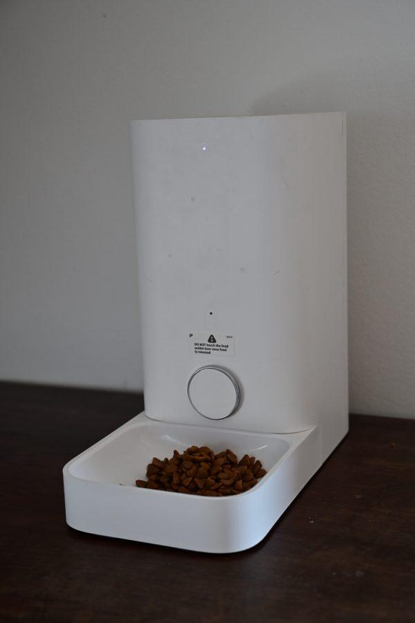Avtomatski dozirnik hrane za živali