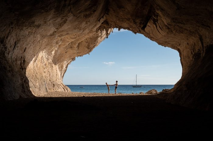Cala Luna - jama pred plažo